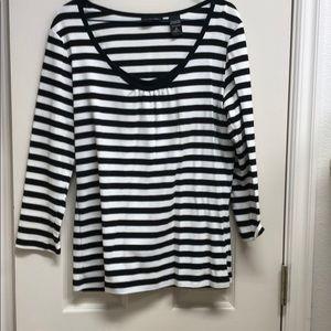 3/4 length shirt